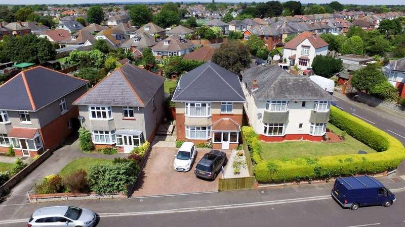 4 Bedrooms Detached House for sale in Norton Road, BH9