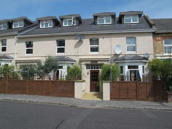 3 Bedrooms Flat for rent in Norwich Avenue , Bournemouth