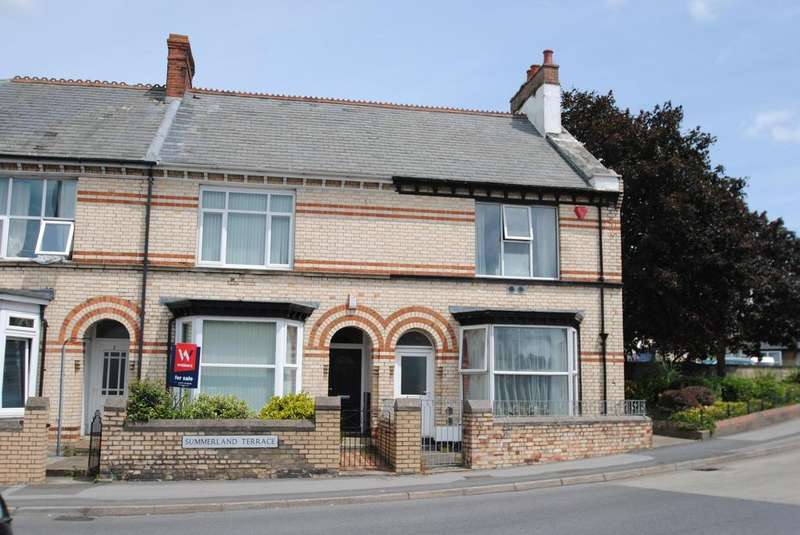 3 Bedrooms Terraced House for sale in Summerland Terrace, Barnstaple