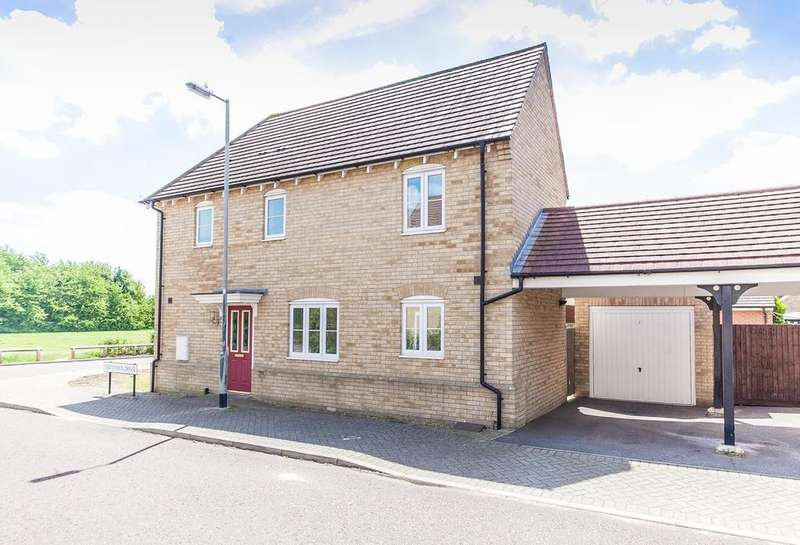 3 Bedrooms Link Detached House for sale in Secundus Drive, Colchester, Essex, CO2