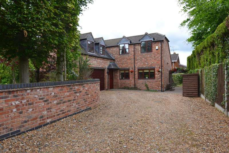 4 Bedrooms Detached House for sale in Ruskin Lodge, Ruskin Drive, Stafford