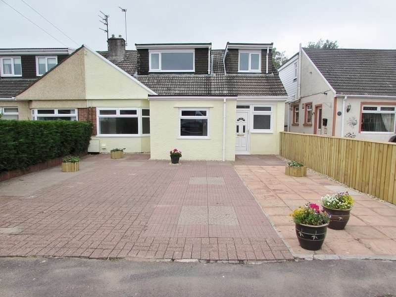 4 Bedrooms Semi Detached House for sale in Ton Teg , Pencoed, Bridgend. CF35 5ND