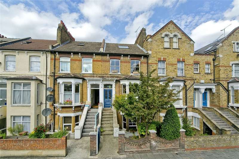 3 Bedrooms Terraced House for sale in Sandringham Road, Hackney, E8