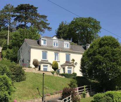 2 Bedrooms Flat for sale in 114 Victoria Road, Dartmouth