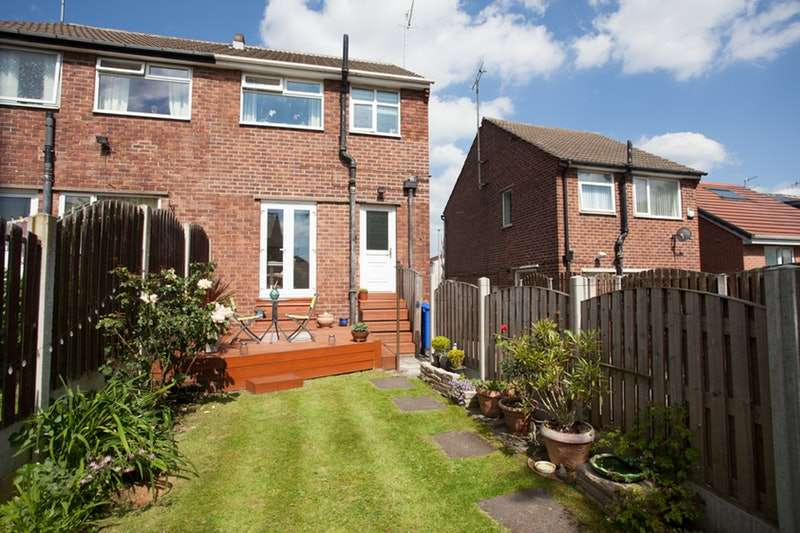 2 Bedrooms Semi Detached House for sale in Tipton Street, Sheffield, South Yorkshire, S9