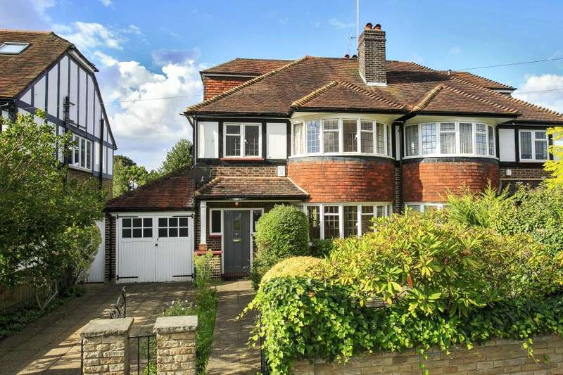 4 Bedrooms Semi Detached House for sale in Ashley Gardens, Petersham