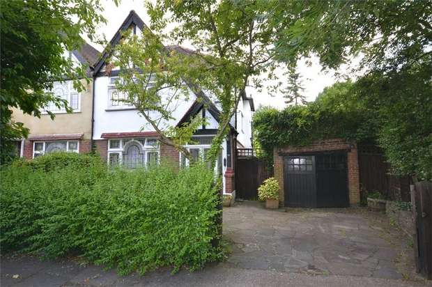 3 Bedrooms Semi Detached House for sale in Nathans Road, Sudbury Court Estate, Middlesex