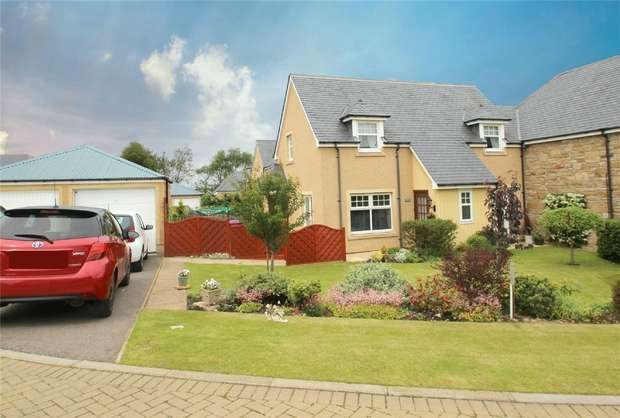 3 Bedrooms Semi Detached House for sale in 2 Carsewell Steadings, Alves, Elgin, Moray