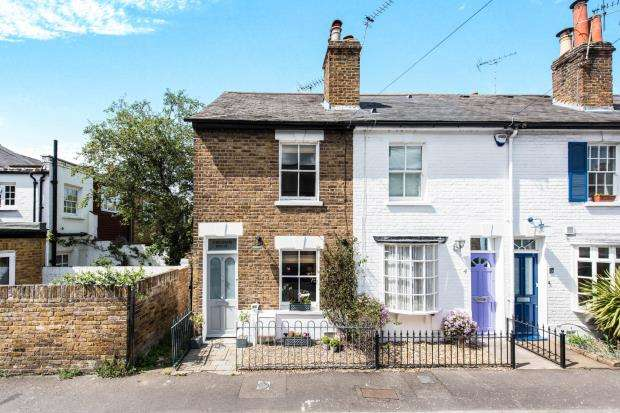 2 Bedrooms End Of Terrace House for sale in Richmond, Surrey