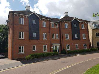 2 Bedrooms Flat for sale in Colchester, Essex, United Kingdom
