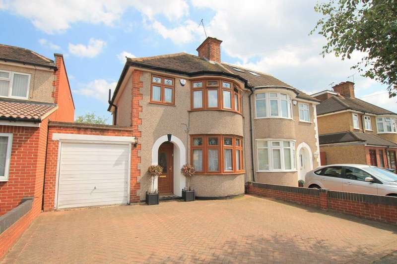 3 Bedrooms Semi Detached House for sale in Munden Grove, Knutsford Estate, North Watford