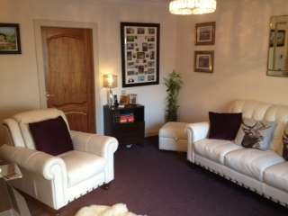 2 Bedrooms Ground Flat for sale in 2 Bed Ground Floor Flat, Sunnyside Crescent, Holytown, Motherwell, ML1 4RY