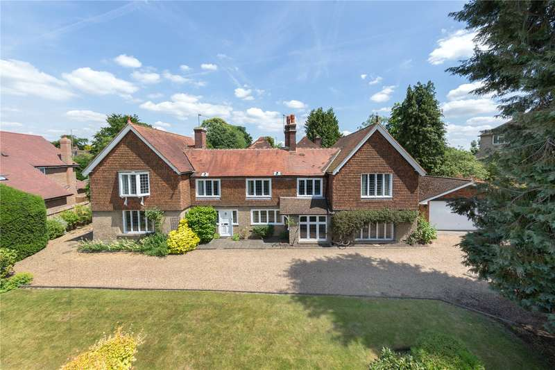 4 Bedrooms House for sale in Rosewood Way, Farnham Common, Buckinghamshire, SL2