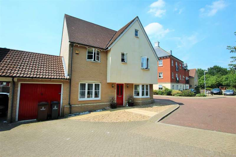 4 Bedrooms Detached House for sale in Rose Allen Avenue, Colchester