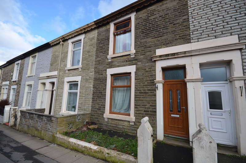 2 Bedrooms Terraced House for sale in Olive Lane, Darwen