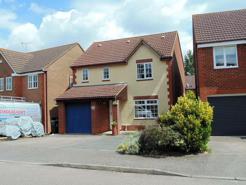 4 Bedrooms Detached House for sale in Lilac Grove, Rushden