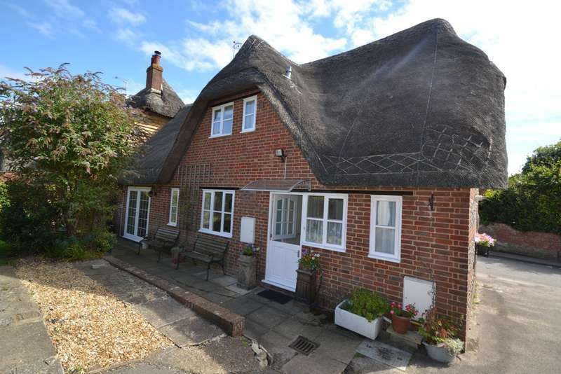 3 Bedrooms House for sale in Okeford Fitzpaine