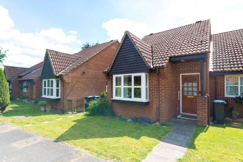 1 Bedroom Bungalow for sale in Emerton Garth, Northchurch