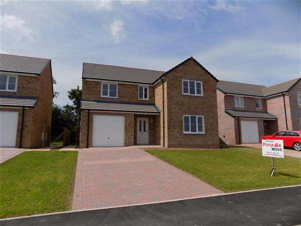 4 Bedrooms Detached House for sale in Glenfields Road, Haverfordwest