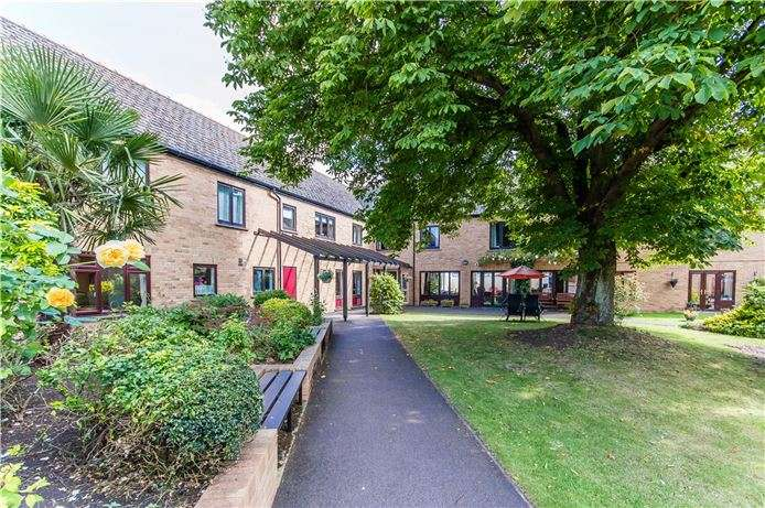 2 Bedrooms Apartment Flat for sale in Windmill Grange, Histon, Cambridge
