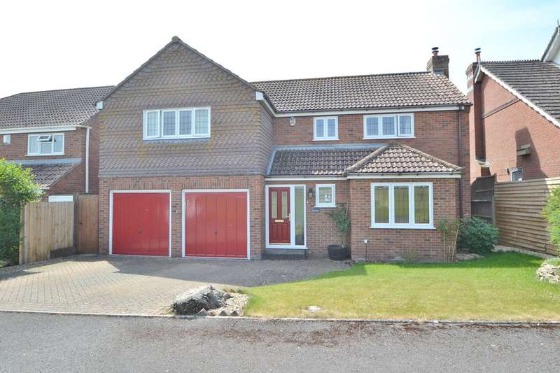 5 Bedrooms Detached House for sale in Ford