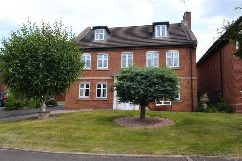 5 Bedrooms Detached House for sale in Hampton Gardens, Stafford