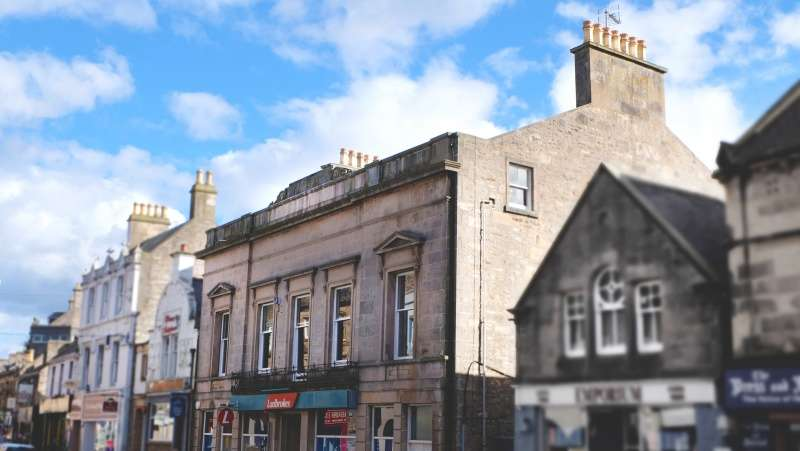 Commercial Property for rent in 164 High Street, Elgin, Moray, IV30 1BD