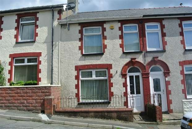 3 Bedrooms Terraced House for sale in Greenfield Place, Blaenavon, Pontypool, Torfaen