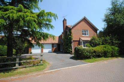4 Bedrooms Detached House for sale in Tipton St. John, Sidmouth, Devon