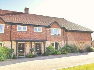3 Bedrooms Retirement Property for sale in Orchard Gardens, Storrington, Pulborough, West Sussex