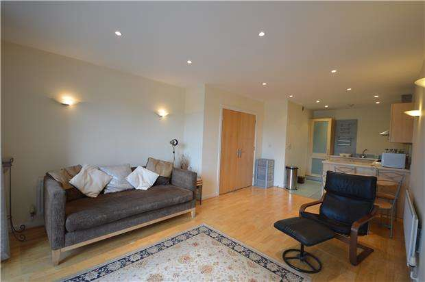 2 Bedrooms Flat for rent in Westgate, Caledonian Road, Bristol, BS1