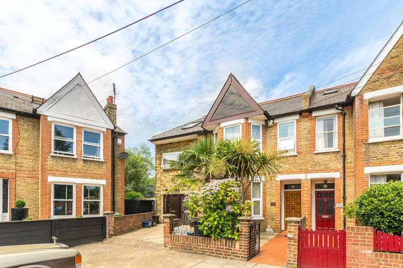 4 Bedrooms End Of Terrace House for sale in Gordon Avenue, St Margarets, TW1