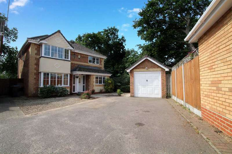 4 Bedrooms Detached House for sale in Monmouth Close, Ipswich