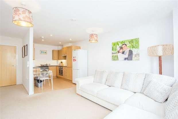 2 Bedrooms Flat for sale in Dugdale Court, 753 Harrow Road, Kensal Green, London
