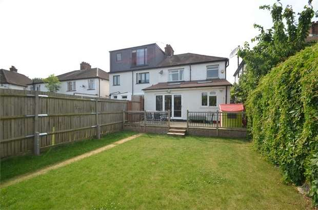 3 Bedrooms Semi Detached House for sale in Deans Lane, Edgware, Middlesex