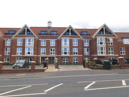 1 Bedroom Flat for sale in Holt Road, Cromer, Norfolk