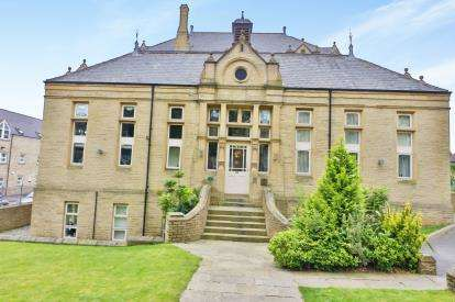 1 Bedroom Flat for sale in Clare Hall, Prescott Street, Halifax, West Yorkshire