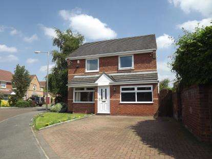 3 Bedrooms Detached House for sale in Sandpiper Drive, Stockport, Greater Manchester