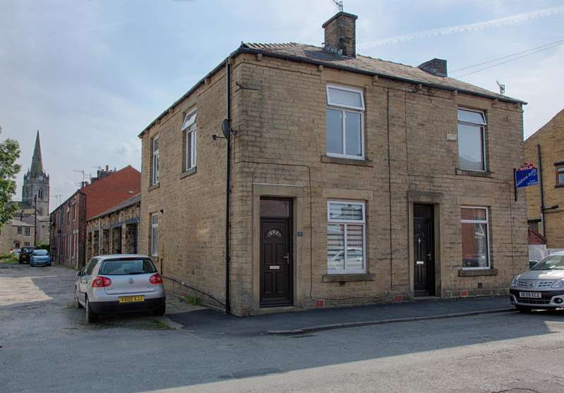 2 Bedrooms Terraced House for sale in Newall Street, Littleborough, OL15 9DL