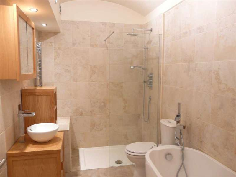 2 Bedrooms Apartment Flat for rent in Clumber Crescent South, The Park, NOTTINGHAM