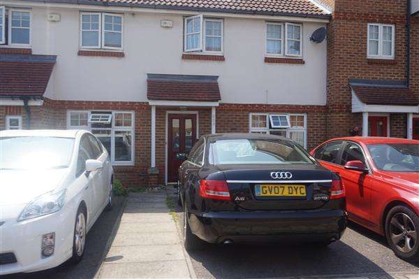 3 Bedrooms House for rent in Greenhaven Drive, LONDON