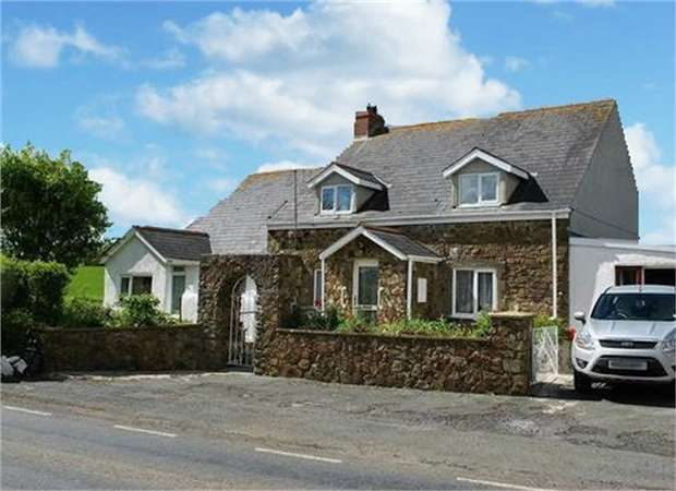 7 Bedrooms Detached Bungalow for sale in Sardis, Haverfordwest, Pembrokeshire