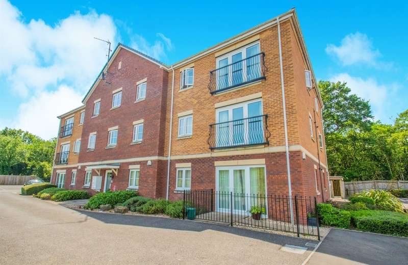 2 Bedrooms Ground Flat for sale in Meadow View, Tyla Garw, Pontyclun