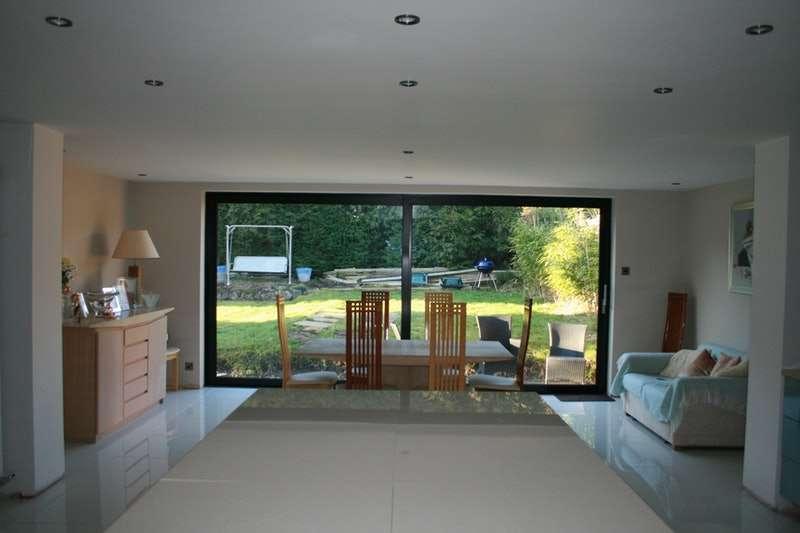 4 Bedrooms Bungalow for sale in Stuart Road, Halesowen, West Midlands, B62