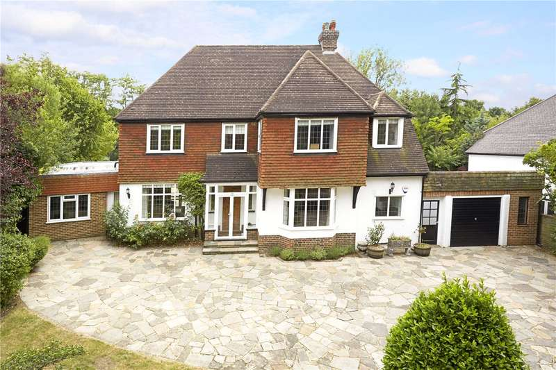 5 Bedrooms Detached House for sale in Higher Drive, Banstead, Surrey, SM7