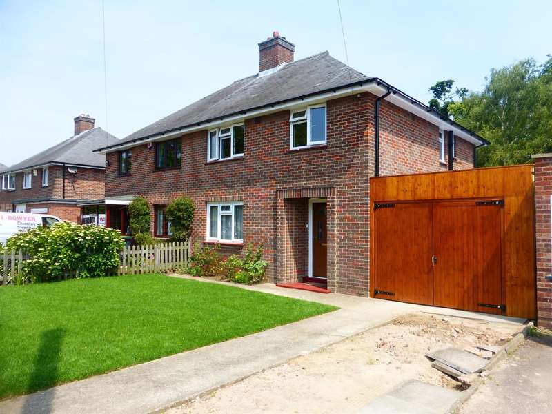 3 Bedrooms Semi Detached House for sale in Halsey Road, Kempston, Bedford, MK42