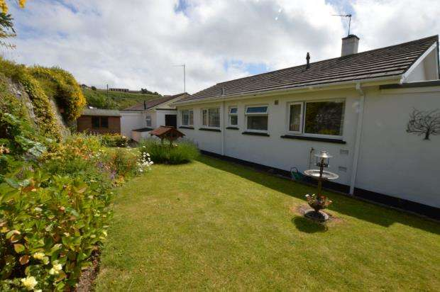 3 Bedrooms Detached Bungalow for sale in Nancevallon, Higher Brea, Camborne, Cornwall