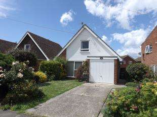 3 Bedrooms Detached House for sale in Farnhurst Road, Barnham, Bognor Regis, West Sussex