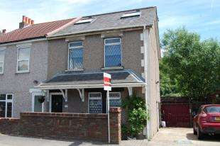 4 Bedrooms Semi Detached House for sale in Brighton Road, Hooley, Coulsdon, Surrey