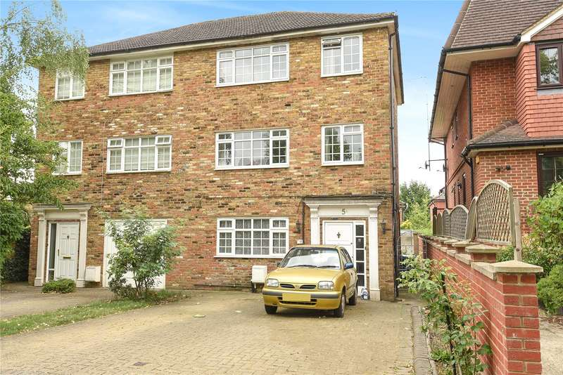 3 Bedrooms Mews House for sale in The Avenue, Hatch End, Pinner, Middlesex, HA5